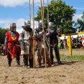 Bild 2012_08_burgfest_stargard-rabenbanner-011-jpg