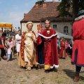 image 04-burgfest2013_fuerstenpaar-jpg