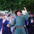 image 2015_08_09-burgfest-stargard-003-einzug-jpg