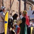 Bild 2015_08_09-burgfest-stargard-034-huldigung-kuno-jpg