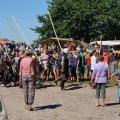 image 2015_08_09-burgfest-stargard-117-rabenbanner-jpg