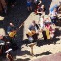 image 2015_08_09-burgfest-stargard-120-taenze-von-oben-jpg